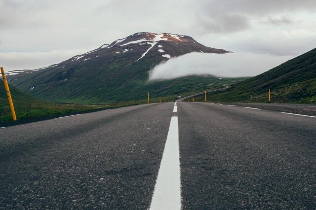 Icelandic_Roads_28